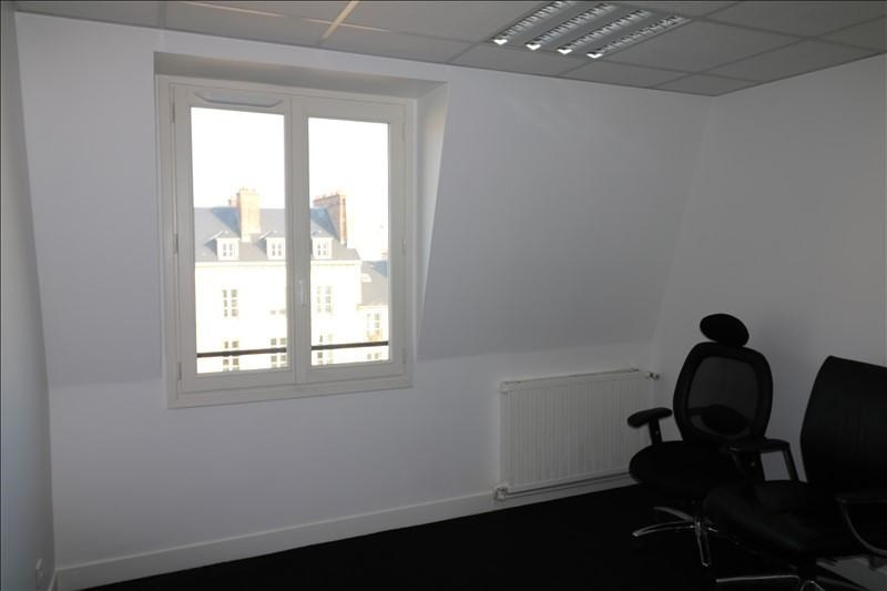 Rental office Versailles 1 170€ +CH/ HT - Picture 1