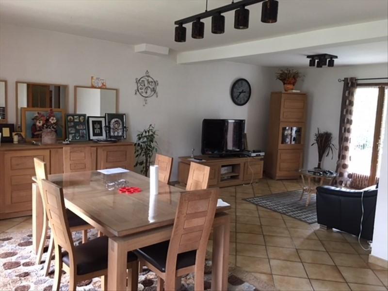 Sale house / villa Ableiges 356600€ - Picture 2