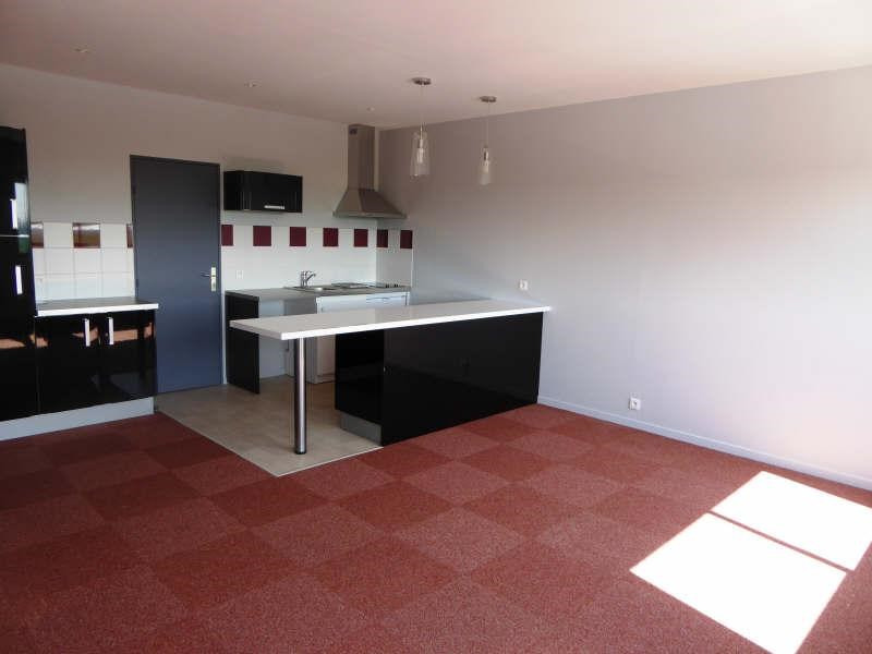 Rental apartment Maurepas 625€ CC - Picture 2