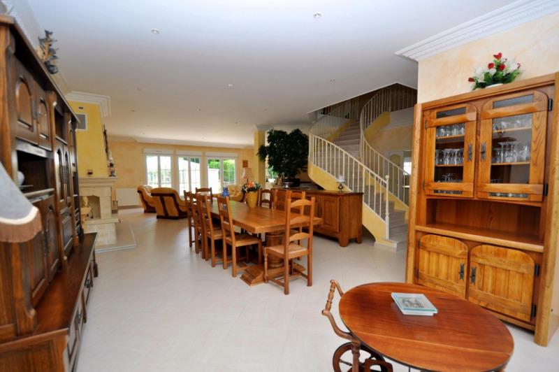 Sale house / villa St remy les chevreuse 720 000€ - Picture 8