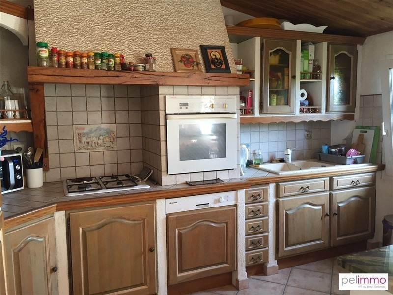 Sale apartment Grans 210 500€ - Picture 3