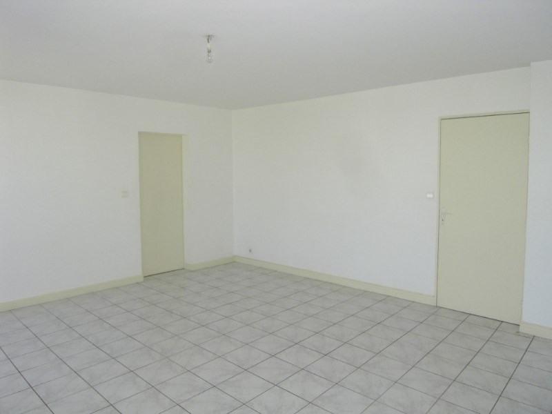 Location appartement Cognac 423€ CC - Photo 4