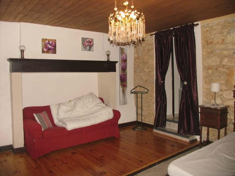 Sale house / villa Proche brantome 222900€ - Picture 7