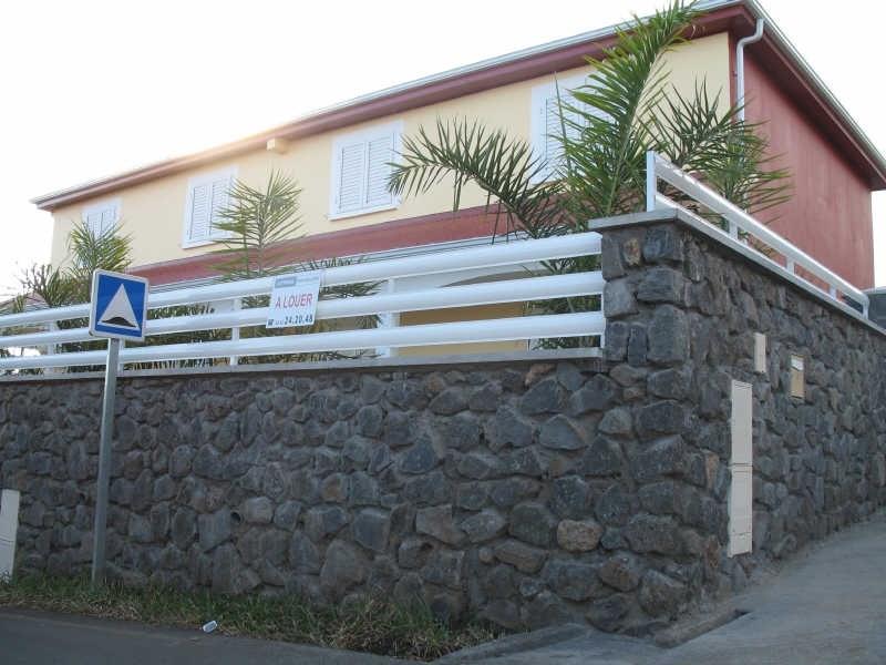 Rental house / villa La saline les hauts 894€cc - Picture 1