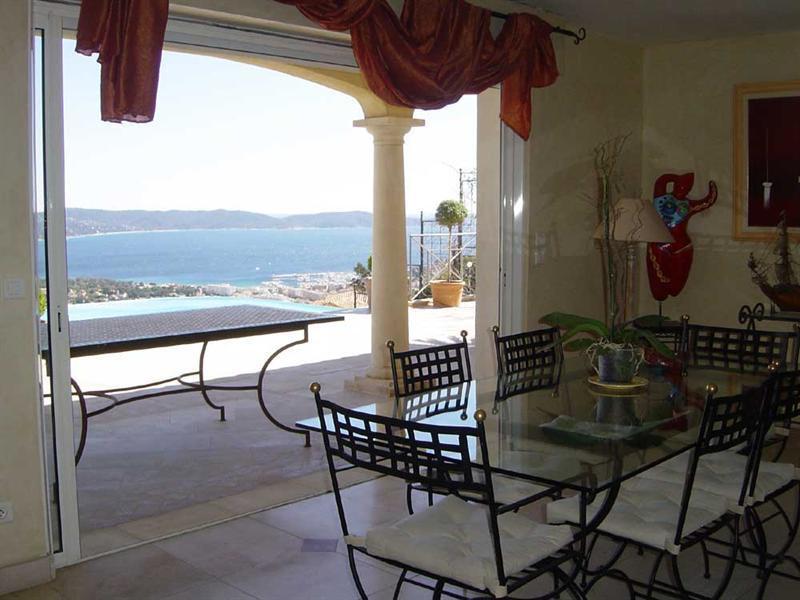 Vacation rental house / villa Cavalaire sur mer 5500€ - Picture 6