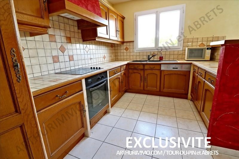 Vente maison / villa Bourgoin jallieu 242000€ - Photo 5