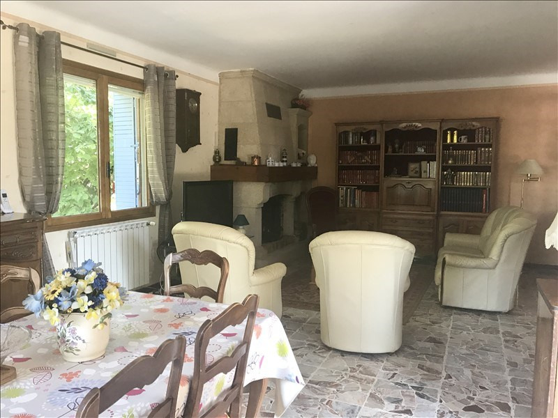 Sale house / villa Le puy ste reparade 440000€ - Picture 8
