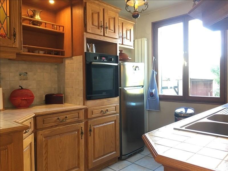 Sale house / villa Les clayes sous bois 367500€ - Picture 2