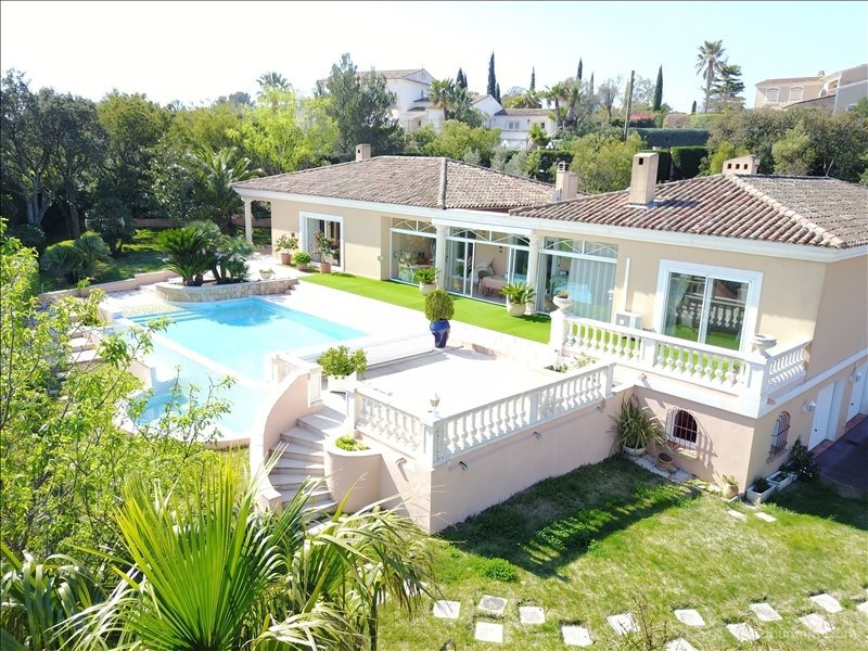 Deluxe sale house / villa St aygulf 1980000€ - Picture 2
