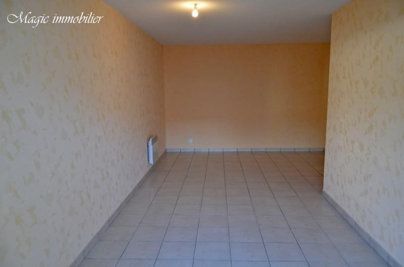 Rental apartment Bellignat 353€ CC - Picture 3