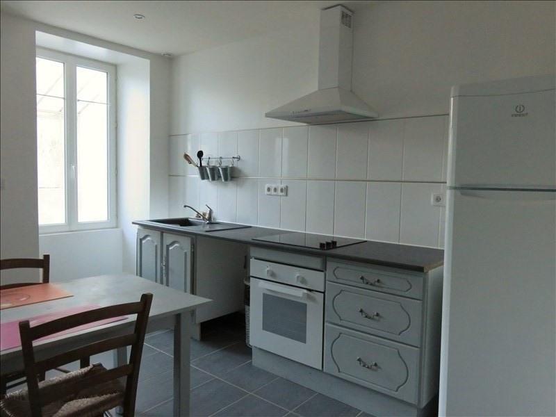Location maison / villa Bonny sur loire 570€ +CH - Photo 2