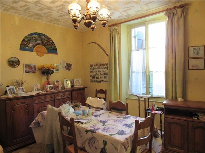 Sale house / villa Breval 208000€ - Picture 2