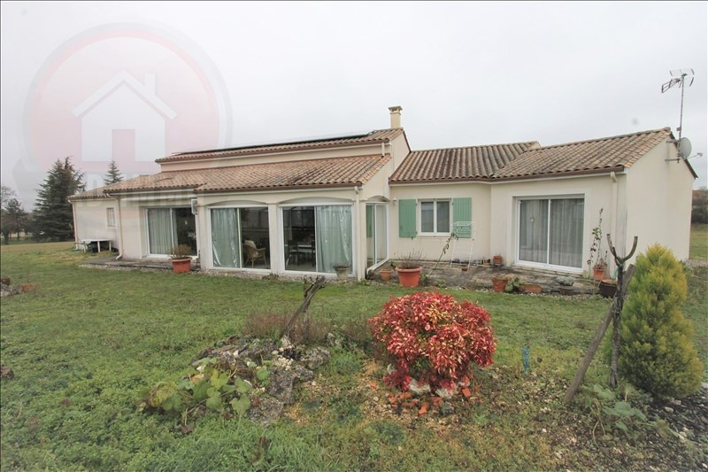 Sale house / villa Issigeac 330 000€ - Picture 1