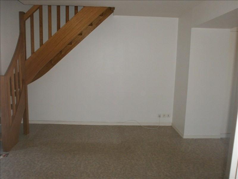 Location appartement Espalion 340€ CC - Photo 3