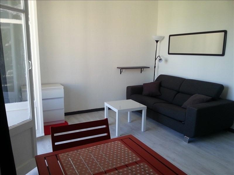 Location appartement Aix en provence 579€ CC - Photo 2