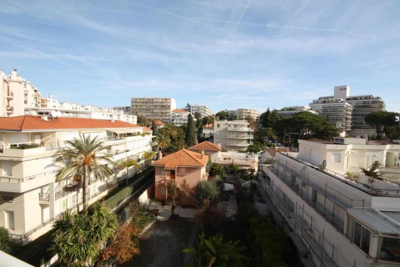 Sale apartment Juan les pins 460000€ - Picture 3