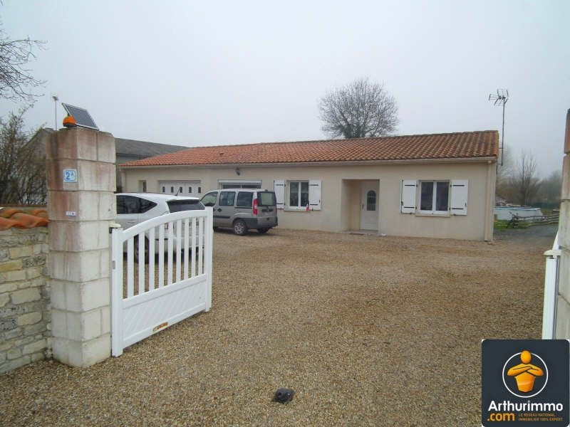 Sale house / villa Matha 179350€ - Picture 1