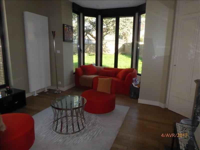 Sale house / villa St quentin 526250€ - Picture 2