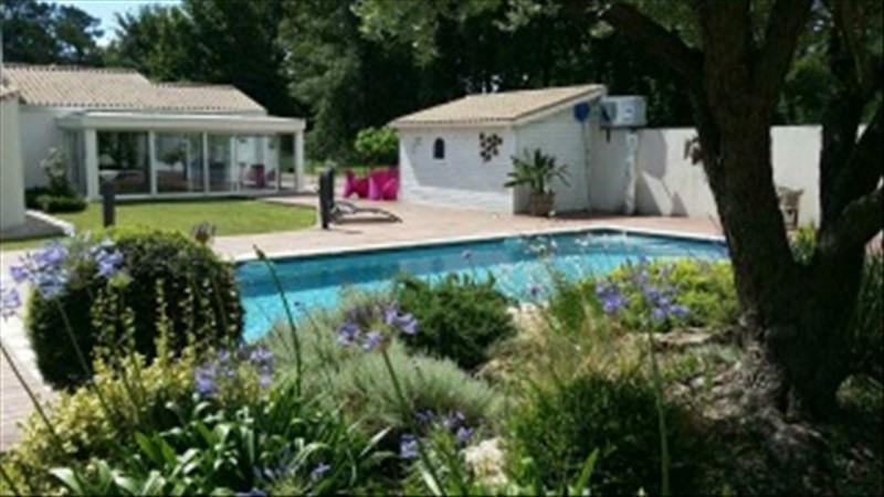 Vente de prestige maison / villa Breuillet 598000€ - Photo 1