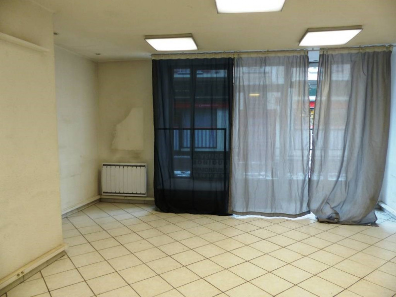 Location boutique Domene 350€ CC - Photo 3