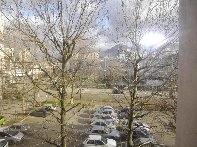 Location appartement Echirolles 810€ CC - Photo 6
