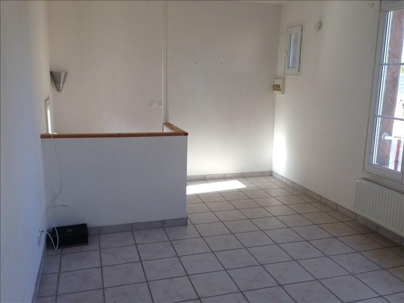 Rental apartment 02200 450€ CC - Picture 5