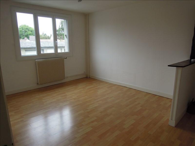 Rental apartment Crepy en valois 480€ CC - Picture 2