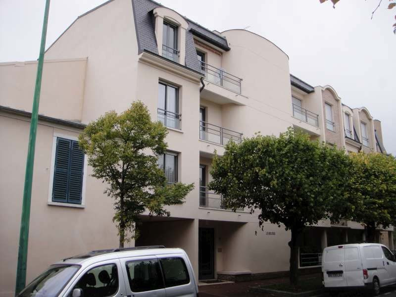 Rental apartment Croissy sur seine 710€ CC - Picture 1
