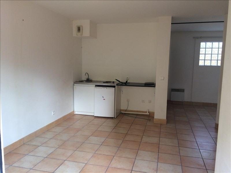 Location appartement St remy les chevreuse 736€ CC - Photo 7