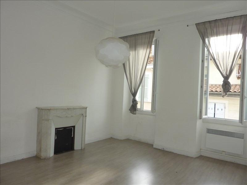 Location appartement Marseille 5ème 940€ CC - Photo 8