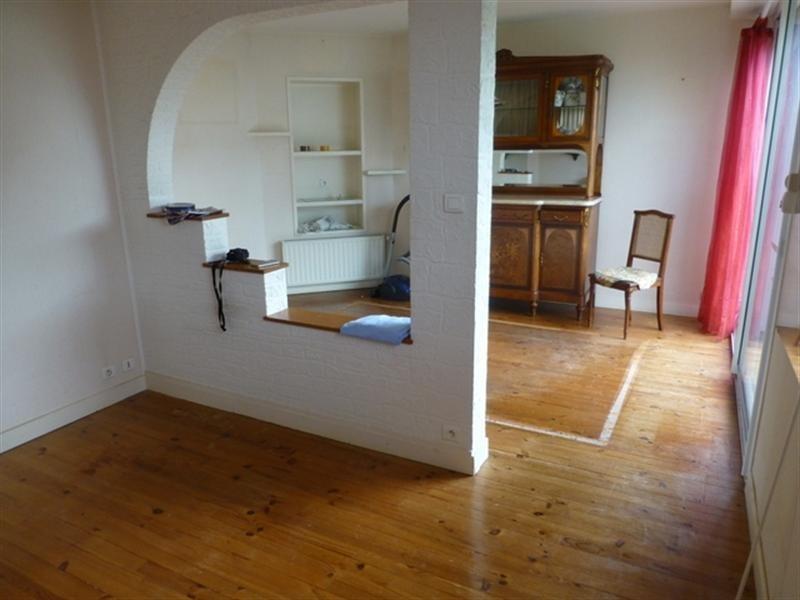 Sale house / villa Saint-jean-d'angély 117100€ - Picture 2