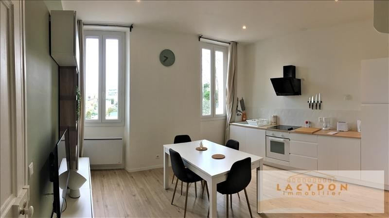 Location appartement Marseille 4ème 620€ CC - Photo 2