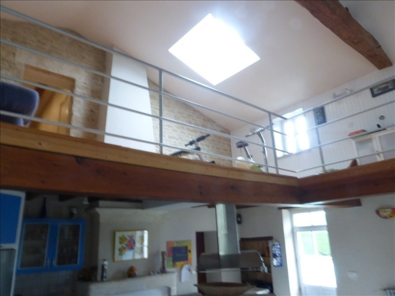 Deluxe sale house / villa Genouille 305000€ - Picture 7