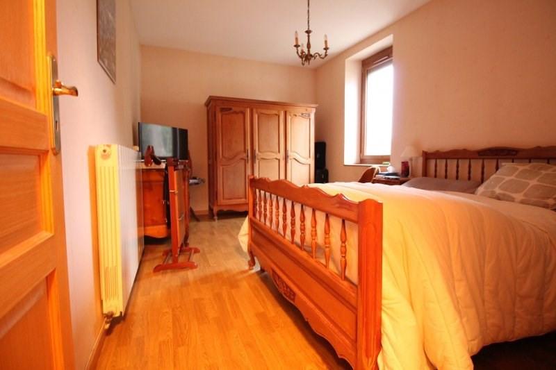 Vente maison / villa Les abrets 187500€ - Photo 8