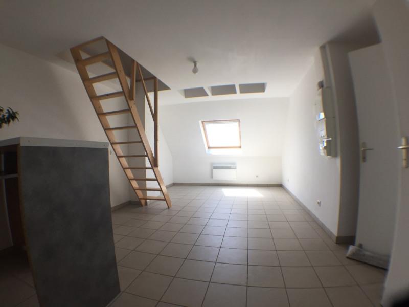 Rental apartment Cormeilles-en-parisis 590€ CC - Picture 2
