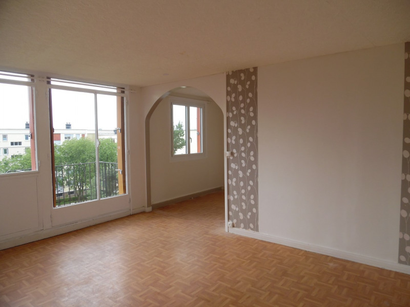 Sale apartment Poissy 138000€ - Picture 1