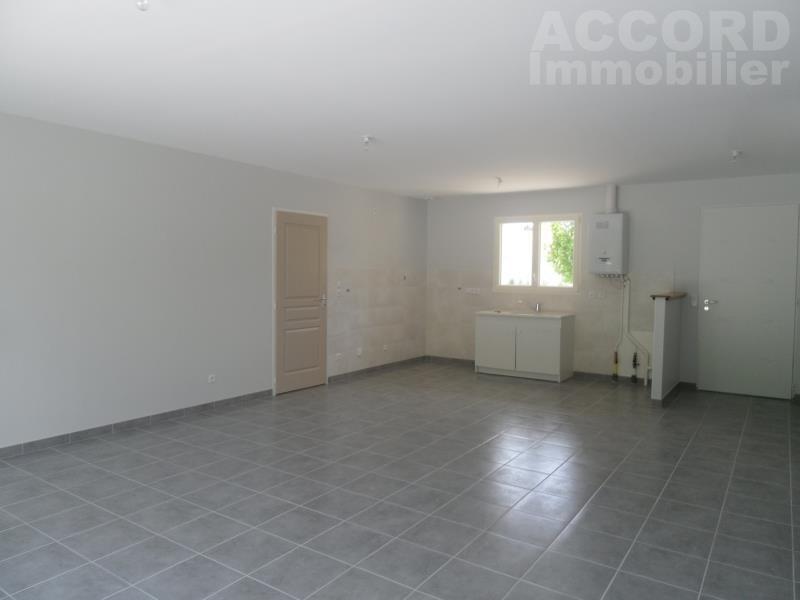 Location maison / villa Verrieres 950€ CC - Photo 4