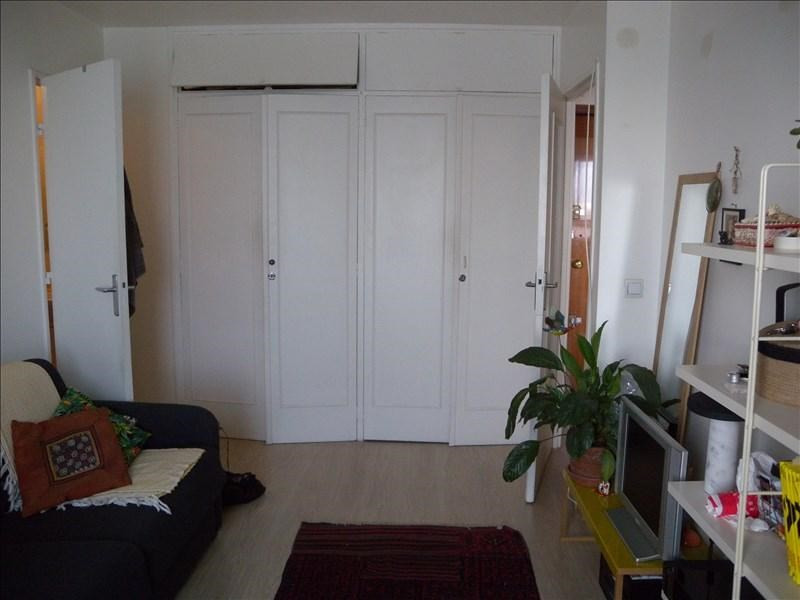 Location appartement Paris 20ème 760€ CC - Photo 3