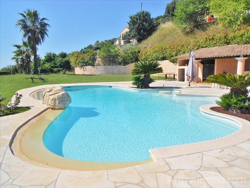 Deluxe sale house / villa St laurent du var 1 260 000€ - Picture 6