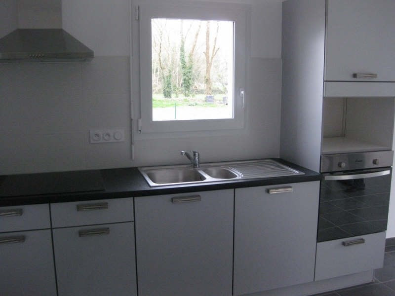 Location maison / villa Clohars carnoet 765€ +CH - Photo 2