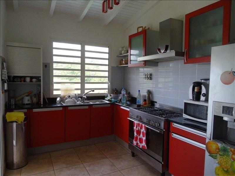 Sale house / villa Capesterre belle eau 450000€ - Picture 4