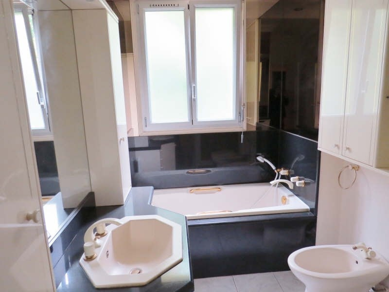 Location appartement Le mesnil le roi 1 950€ CC - Photo 8