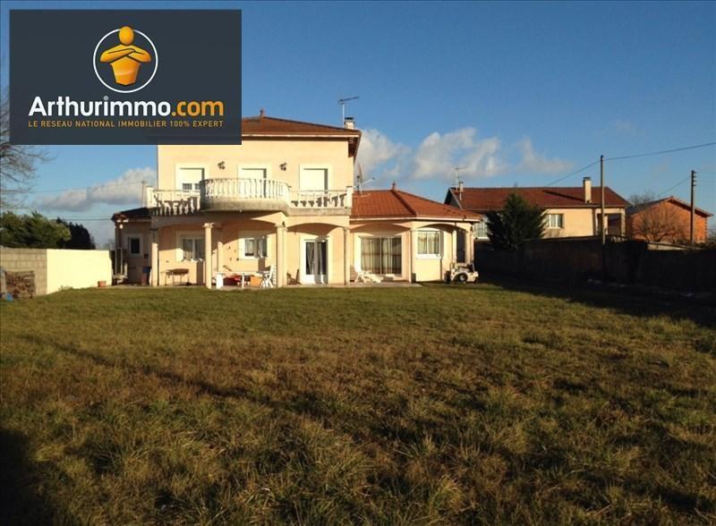 Sale house / villa Pouilly sous charlieu 360000€ - Picture 1