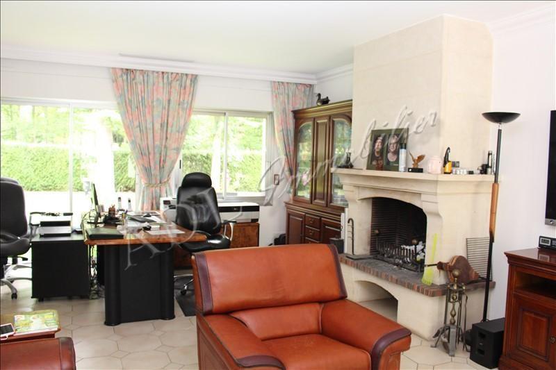 Deluxe sale house / villa Lamorlaye 615000€ - Picture 2