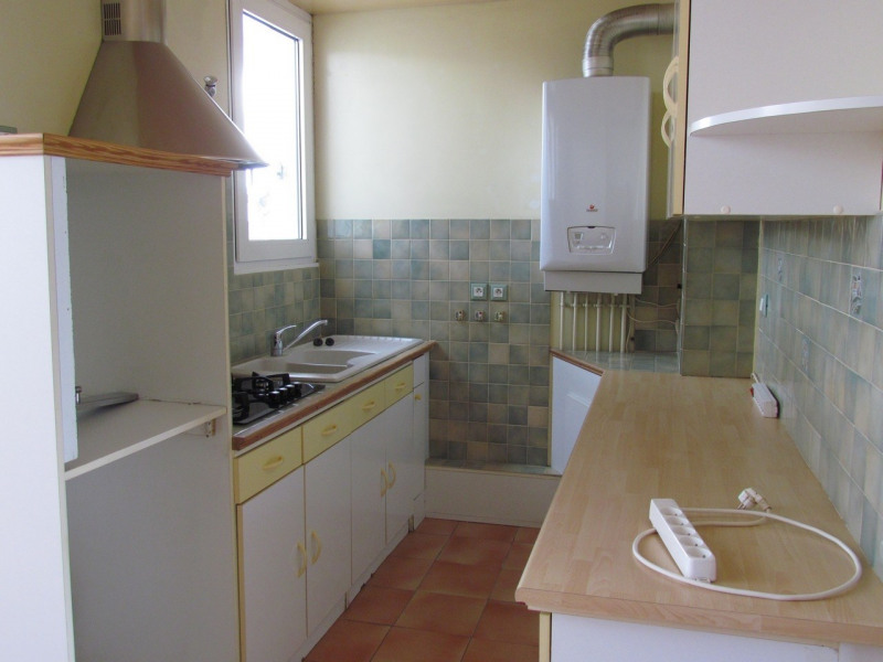 Rental apartment Champigny sur marne 1157€ CC - Picture 3