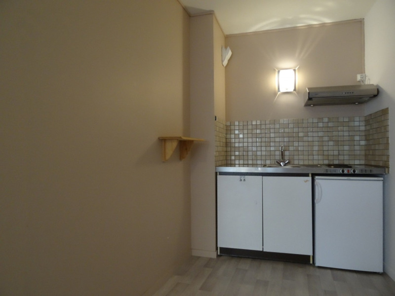Location appartement Agen 320€ CC - Photo 3