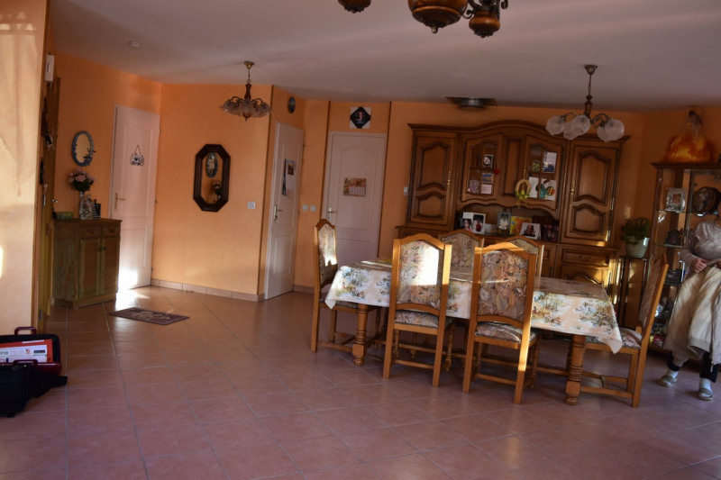 Sale house / villa Lachapelle sous chaneac 160000€ - Picture 5