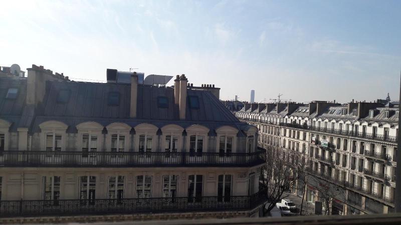 Location appartement Paris 3ème 565€ CC - Photo 2