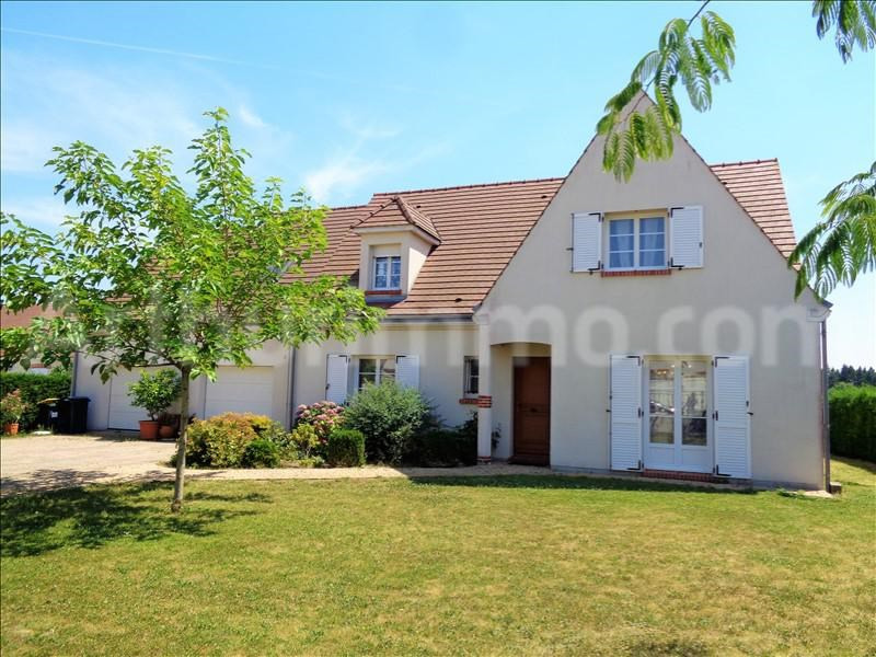 Sale house / villa Chaingy 419900€ - Picture 1