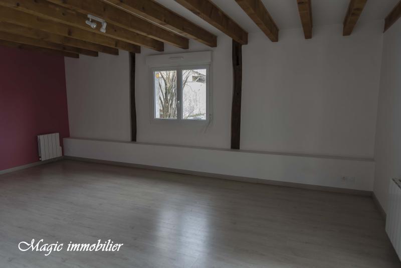 Location maison / villa Brion 695€ CC - Photo 2